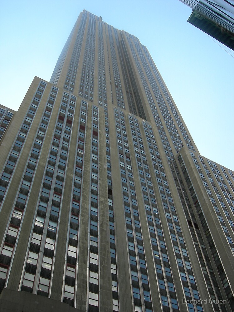 Looking Up at the Empire State Building by Leonard Owen