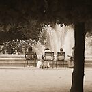 Family in the Jardin de Palais Royal by APhillips
