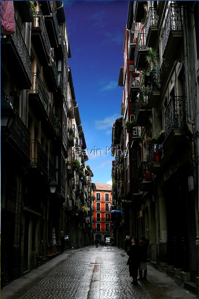 Bilbao Oldtown by Gavin King