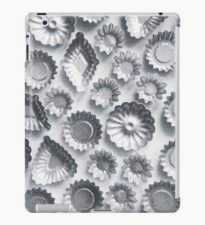 Vintage Tart Molds iPad Case/Skin