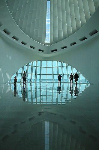 art museum  by rutger