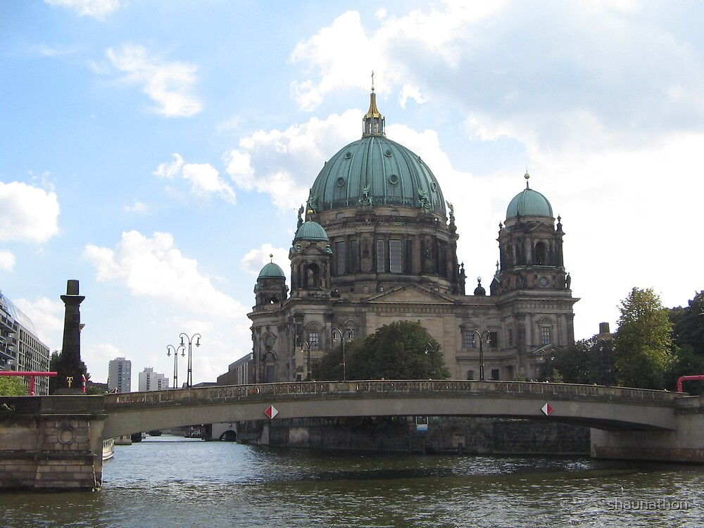 Cathedral, Berlin by shaunathon