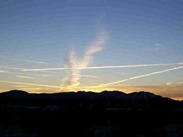 Jet Stream Sunset by katpohl