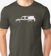 Car silhouette for Land Rover Defender 110, 4-door utility wagon enthusiast  (version with hood / bonnet bulge) T-Shirt