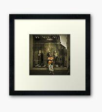 A la moda de Paris Framed Print