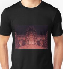 The Walls of Barad Dûr T-Shirt