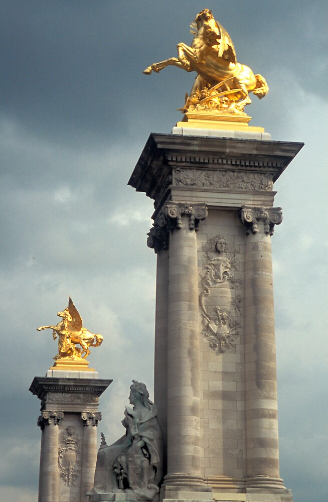 Gold statues on a stormy sky by sasjacobs