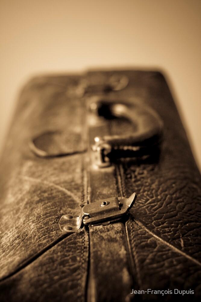 Suitcase by Jean-François Dupuis
