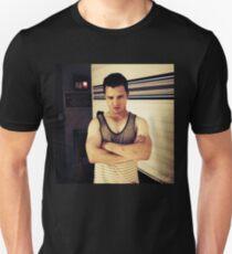 SHAMELESS-MICKEY MILKOVICH T-Shirt