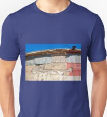 Grunge wall with clear blue sky T-Shirt