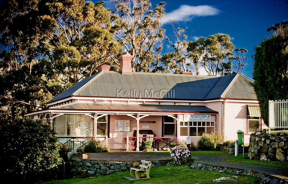 Mt Nelson Cafe by Kelly McGill