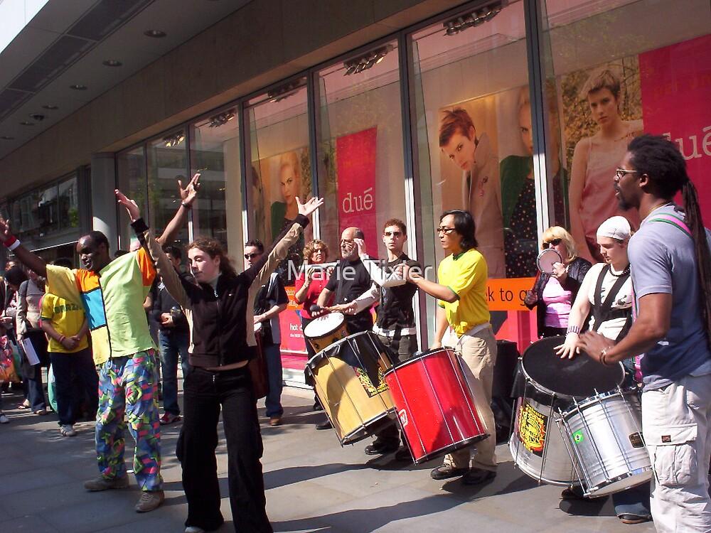 Samba! by Marie Tixier