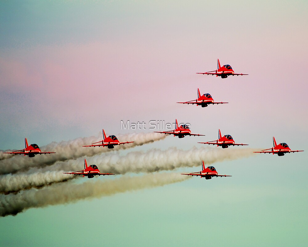 Red arrows RAF by Matt Sillence