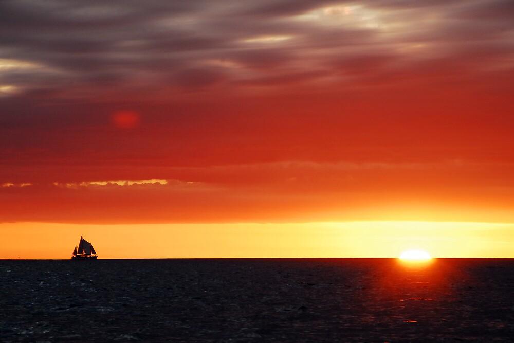 Sunset Mindil Beach by chriso
