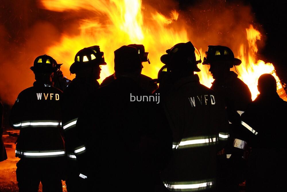 Firemen! by bunnij