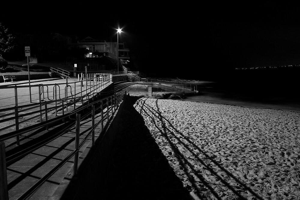 Bondi Beach Pool #4 by Noel Elliot