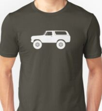 Lifted 4x4 offroader - for Ford Bronco (1978, 1979) offroad classic enthusiasts (version 1) Unisex T-Shirt