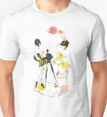 Two girls - orange Unisex T-Shirt