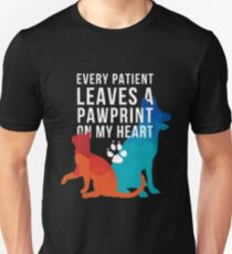 Every patient leaves a pawprint on my heart vet tech t-shirt Unisex T-Shirt