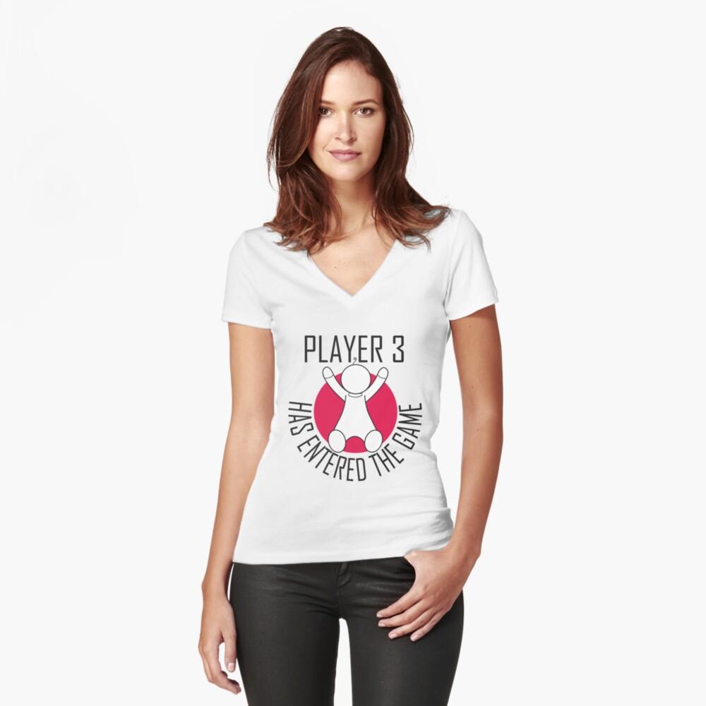 Spieler 3 hat das Spiel betreten Tailliertes T-Shirt mit V-Ausschnitt