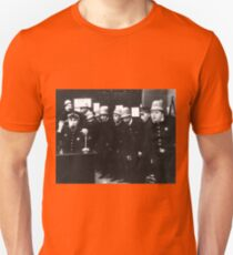 CINEMA / Fatty Arbuckle and The Keystone Cops / The Gangsters / 1913 Unisex T-Shirt
