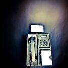 black phone by Claudio Pepper