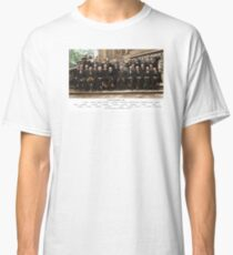Colorized - Solvay Conference 1927. Einstein, Curie, Bohr and more. Classic T-Shirt