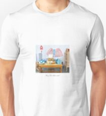 Busy Ted bakes a cake! T-Shirt