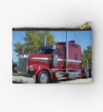 Kenworth Semi Truck with Custom Sleeper Studio Pouch