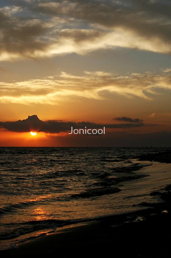 Bellefontaine Beach by Jonicool