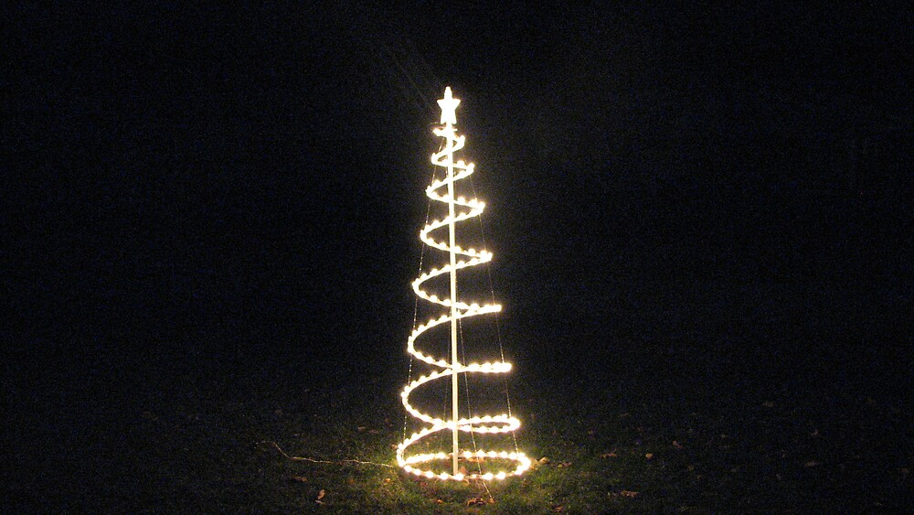 Christmas tree by ANibbe