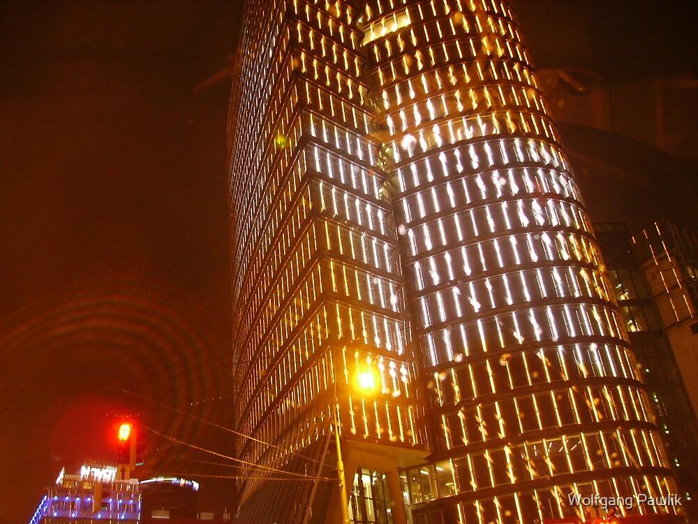 VIENNA CITY LIGHTS Nr.873 - UNIQA-Building by Wolfgang Pawlik