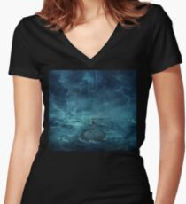 Lost in the ocean Women's Fitted V-Neck T-Shirt
