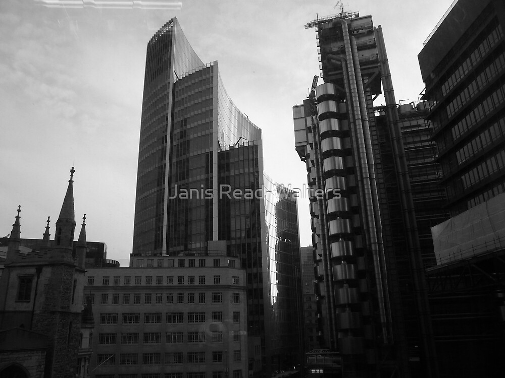 city scape in black and white by Janis Read-Walters
