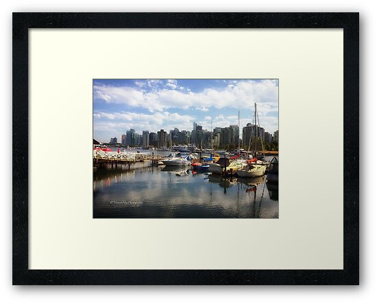 Vancouver Skyline from Stanley Park by Yannik Hay