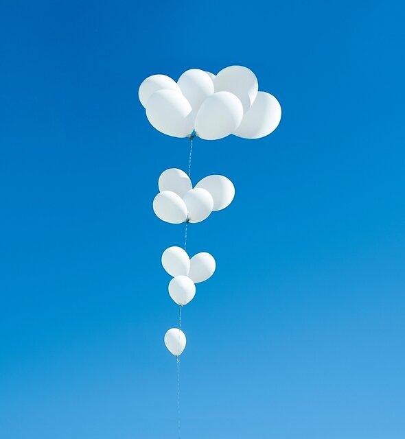 Saudade (weiße Luftballons) von josemanuelerre