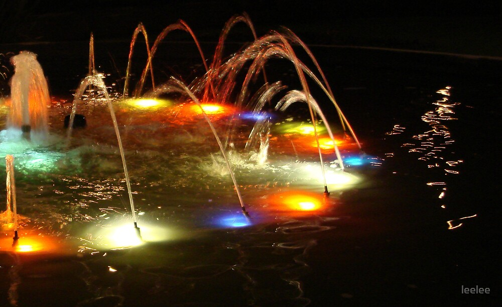 A fountain of light by leelee