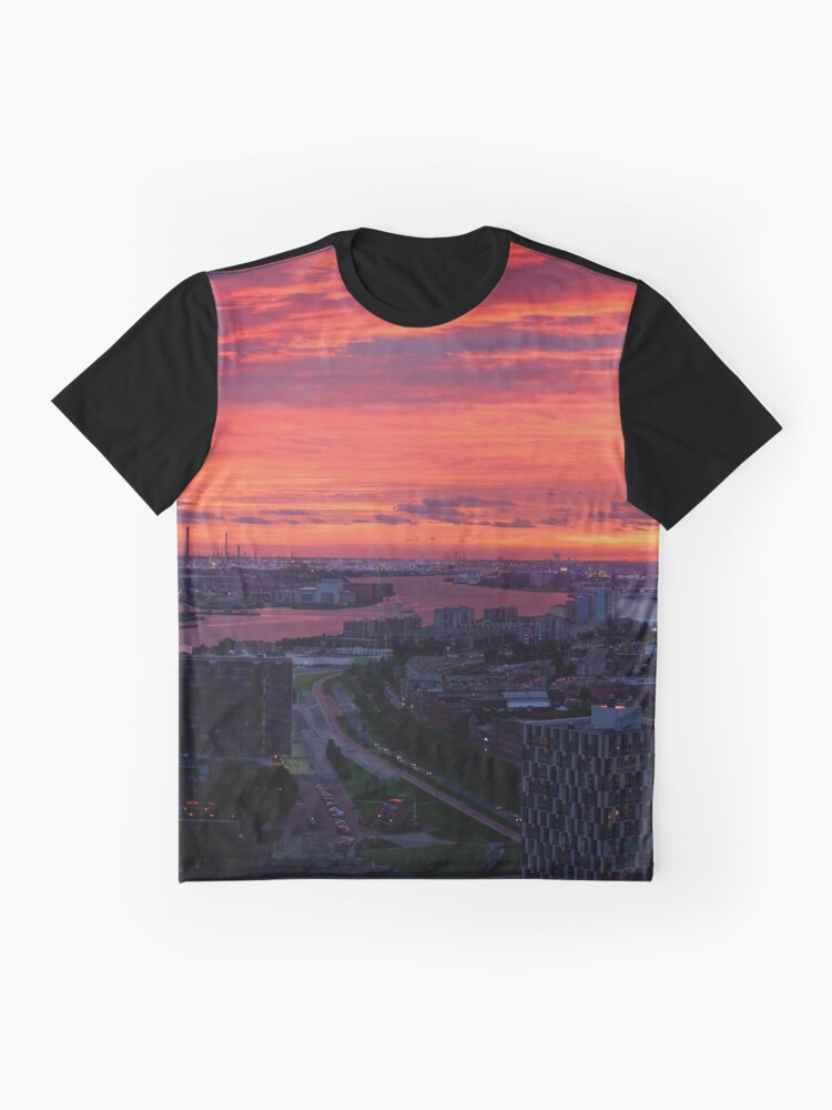 Alternate view of Sunset on River Nieuwe Maas, Rotterdam, (from Euromast) Graphic T-Shirt