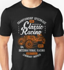 Classic Racing Speedrace Retro Vintage Distressed Design T-Shirt