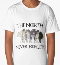 THE NORTH NEVER FORGETS Long T-Shirt