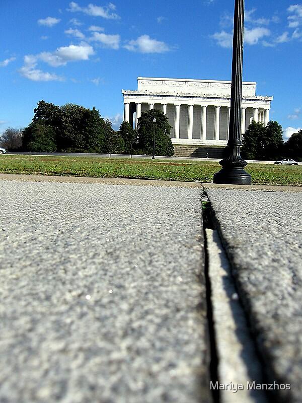 Lincoln Memorial by Mariya Manzhos