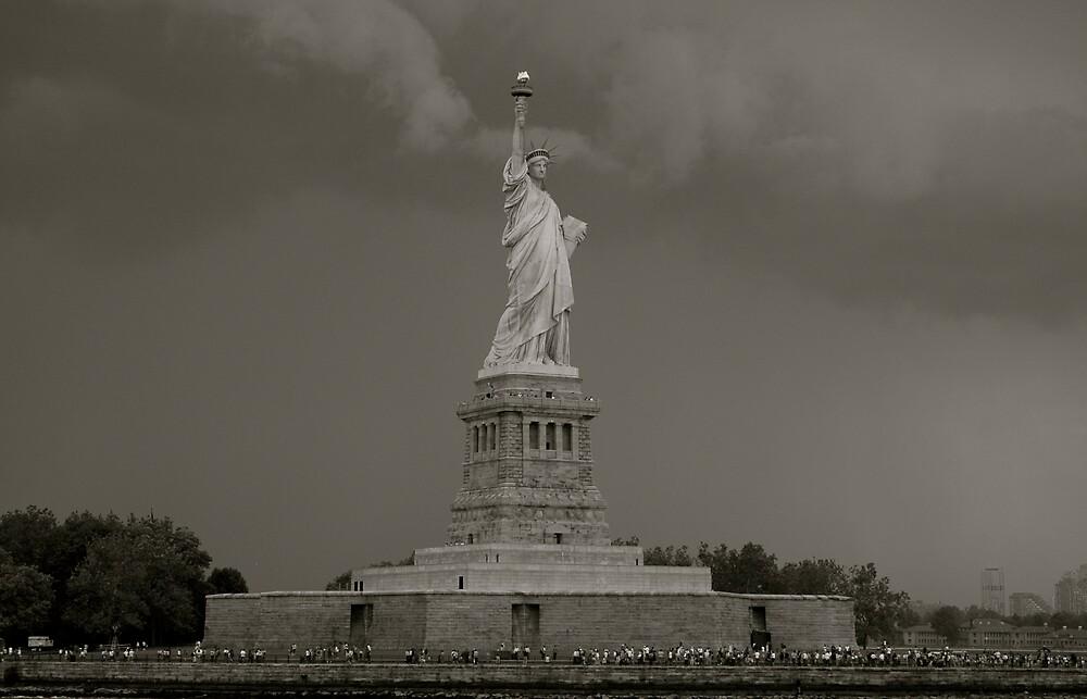 Statue of Liberty by eirini