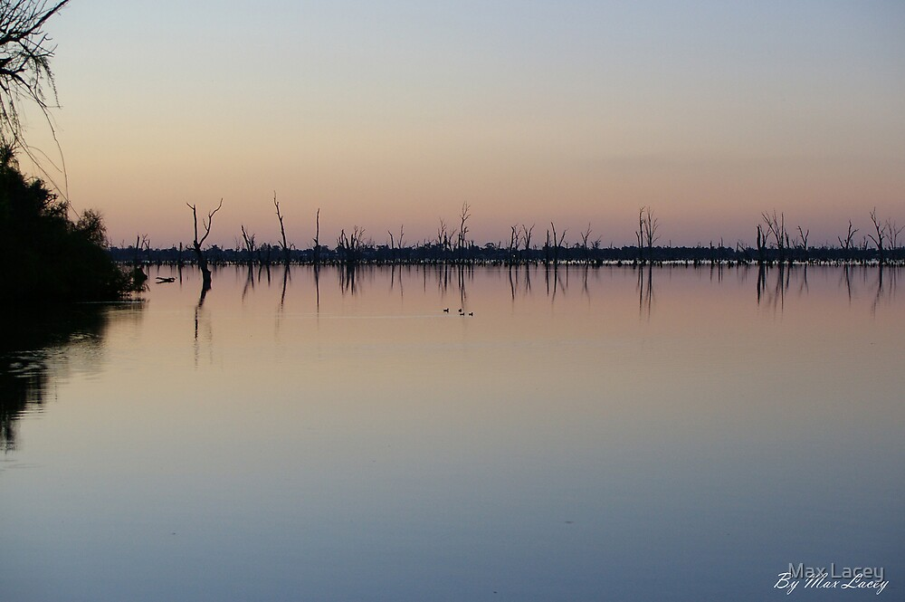 yarrawonga at dusk  by Max Lacey