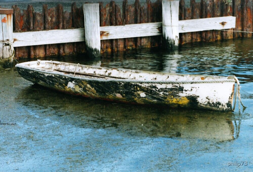 Boat at Queenscliff by philip73