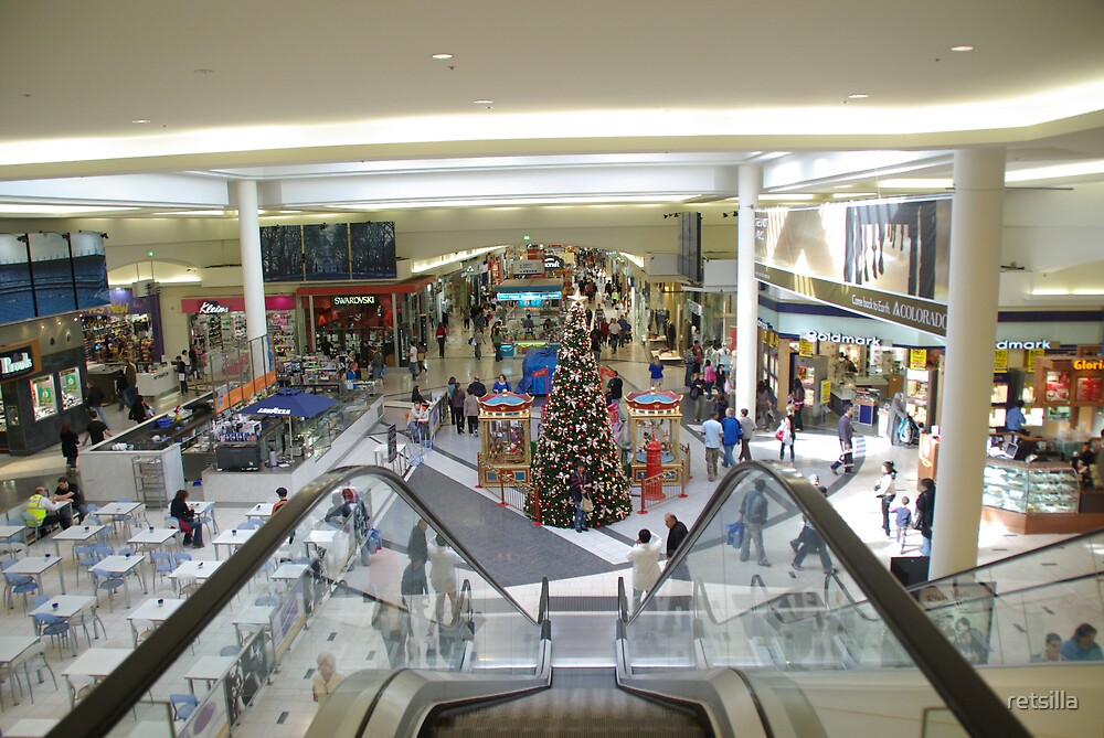 Xmas Eve 1 - 5:40pm - Shopping winds down by retsilla