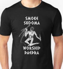 Skyrim - Smoke Skooma Worship Daedra Unisex T-Shirt