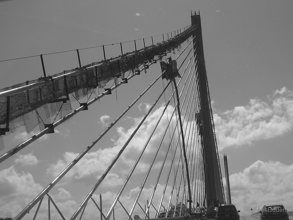 Somewhere over the bridge by MrsBuden