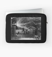 Nikola Tesla - Bolts Of Electricity Laptop Sleeve