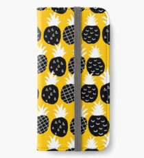 Black pineapple iPhone Wallet/Case/Skin