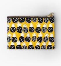 Black pineapple Studio Pouch